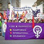 """Stuttgart 8 Mart  mitingi """"Kadınlar durursa dünya durur"""""""